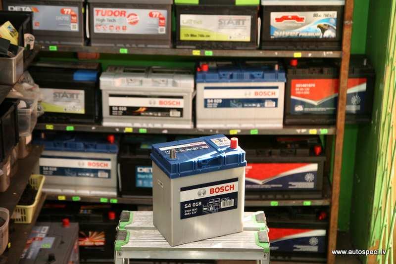 Akumulators Bosch 40Ah 330A japanu